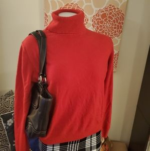 Qian Hong Cashmere Turtleneck Sweater